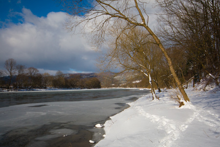 Winter on the San river